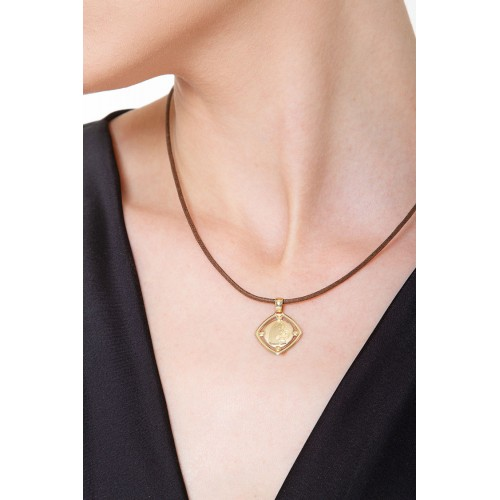 Pendant 18k Gold with Madonna and child