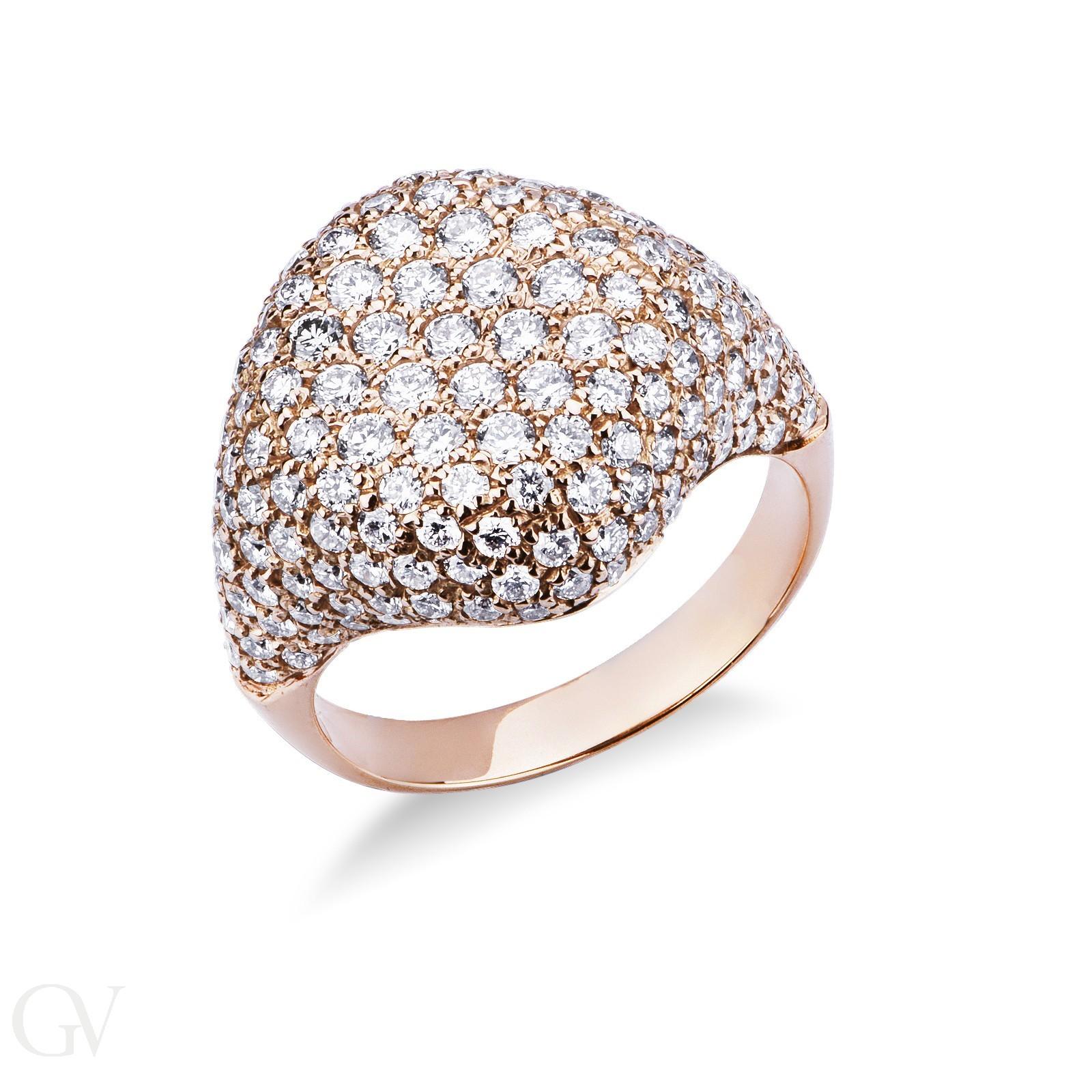 Anello in oro rosa 18k con pavè in diamanti.