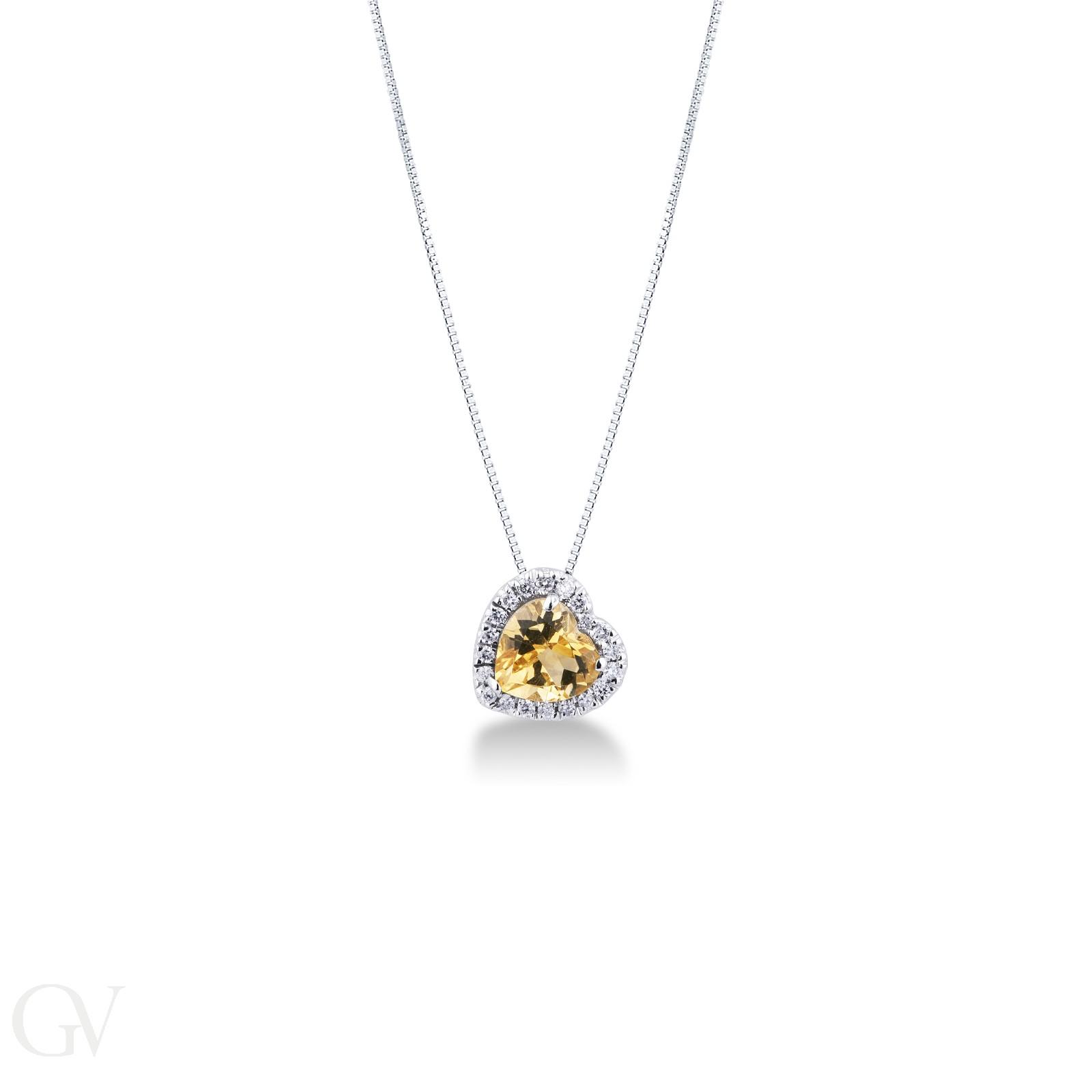 Collana in oro bianco 18k con topazio citrino a cuore e diamanti.
