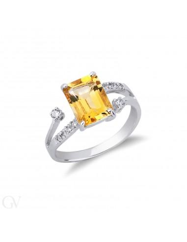 Anello in oro bianco 18k con Quarzo citrino e diamanti