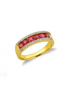 Anello in oro giallo 18k con rubini e diamanti