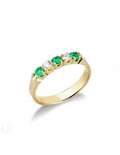 Anello Veretta a 5 pietre in Oro Giallo 18k con Diamanti e Smeraldi.