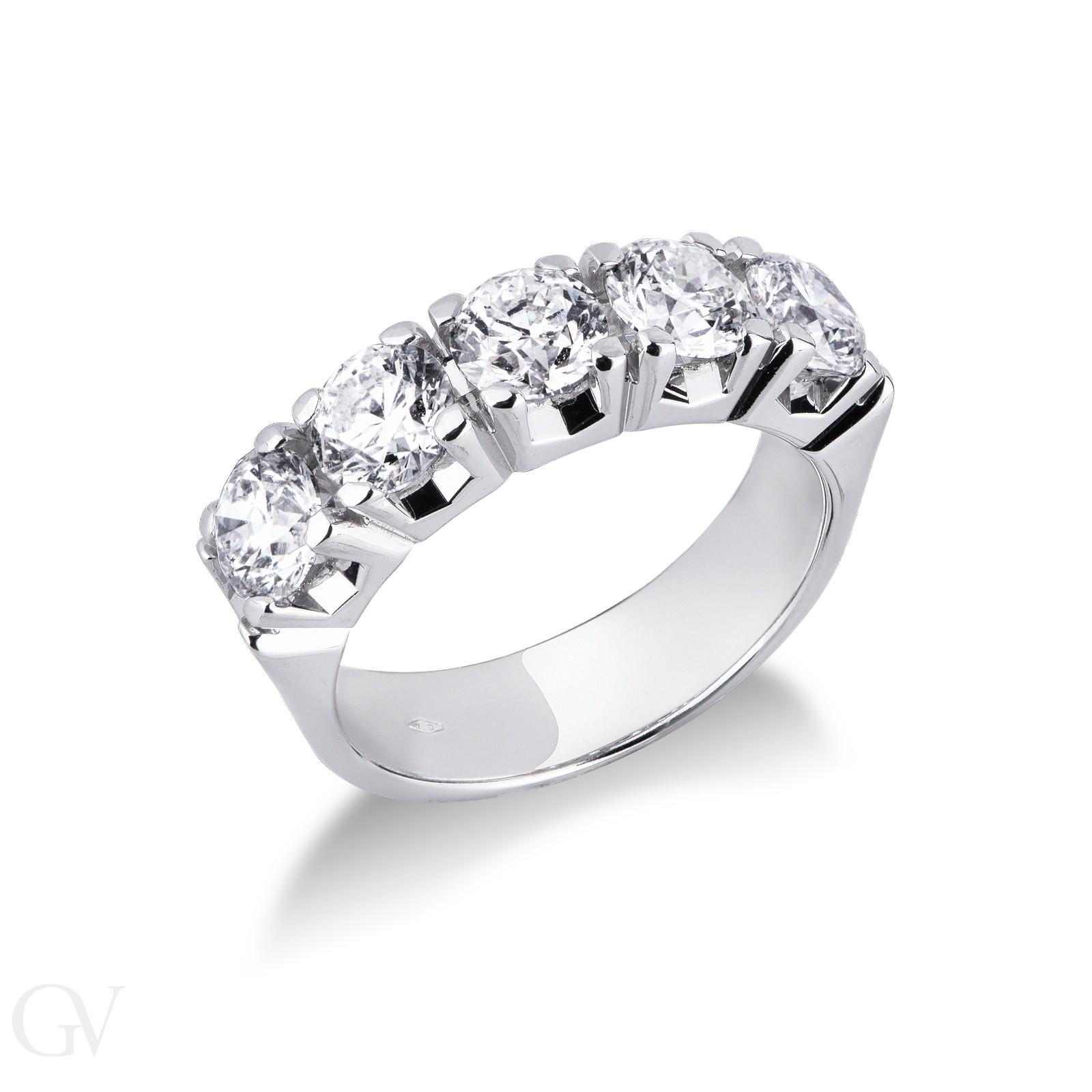 Anello Veretta a 5 pietre in Oro bianco 18k con Diamanti ct. 2,50