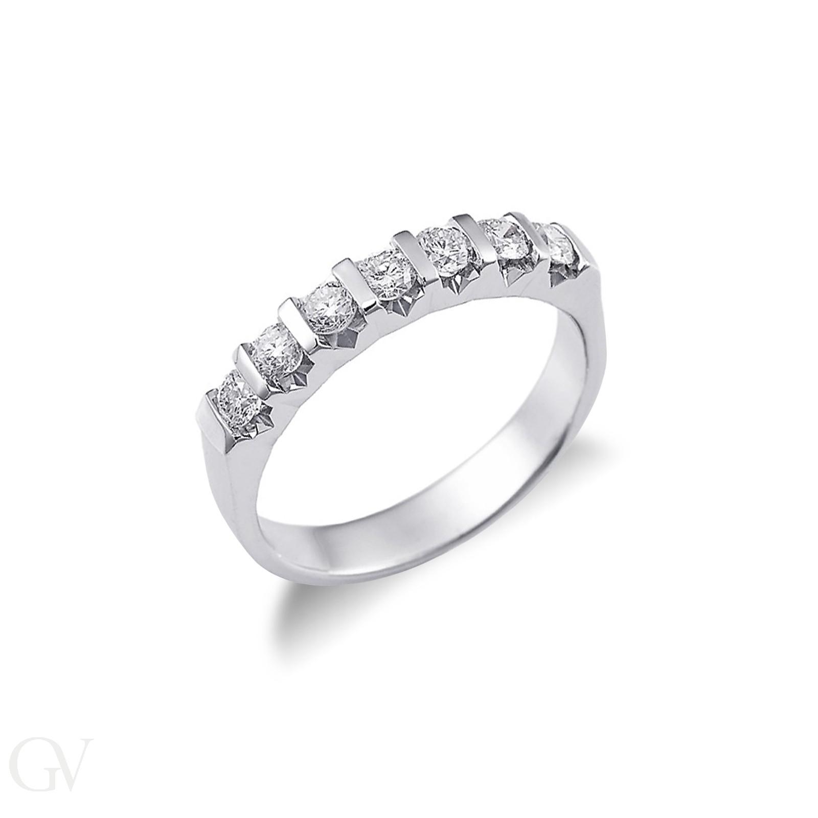 Anello Veretta a 7 pietre in Oro bianco 18k con diamanti ct. 0,70.