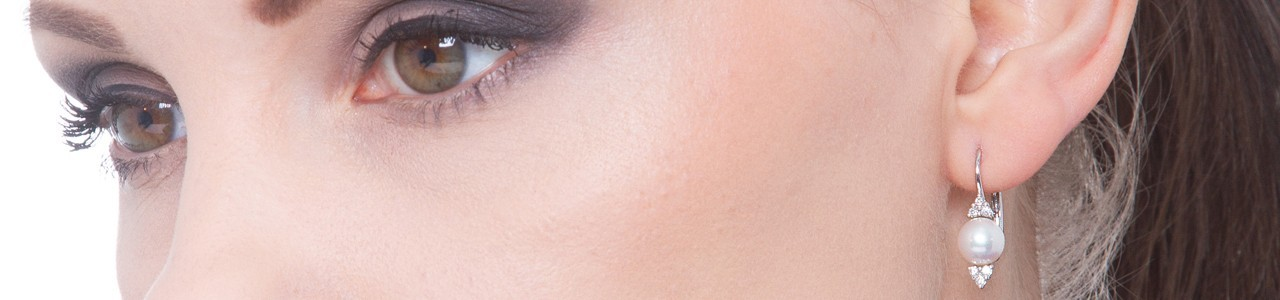 Woman pearl earrings | Gioielli di Valenza