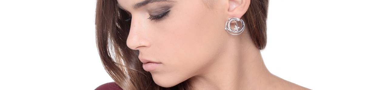 Woman hoop earrings | Gioielli di Valenza