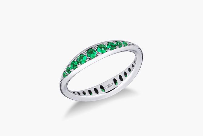 ERANSPIBS-Anello-in-oro-bianco-18k-a-spicchi-con-Smeraldo-gioielli-di-valenza