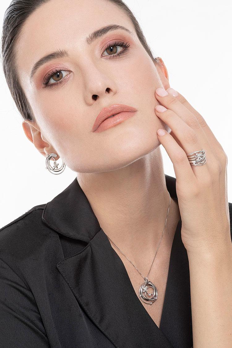 indossato-collezione-lisbona-parure-gioielli-di-valenza